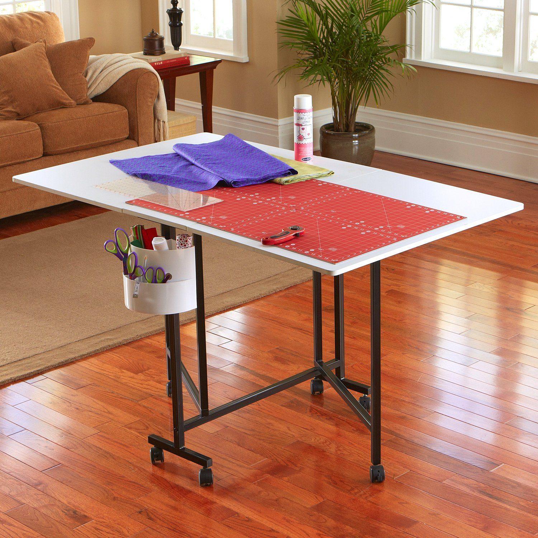 sullivans-hobby-table