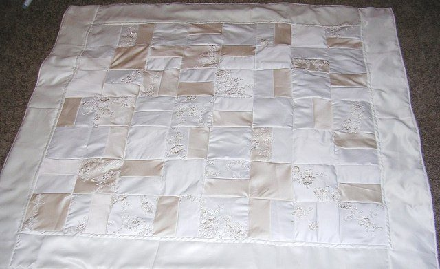 wedding-dress-quilt