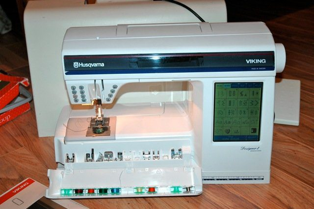 Husqvarna Viking Designer I Embroidery Sewing Machine Delectable Viking Sewing Machine Models