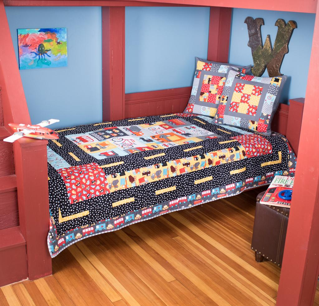 Baby quilts bed covers - Robert Kaufman Mode Of Transportation Quilt
