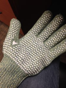 Protect Your Fingers While You Work With These Excellent Quilting ... : quilting gloves - Adamdwight.com