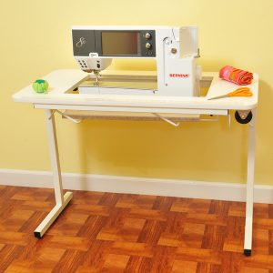 our two favorite portable sewing machine tables crafting made easy rh quiltersreview com